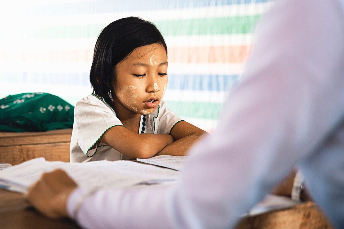 アルバイトおすすめランキング第1位:個人契約の家庭教師
