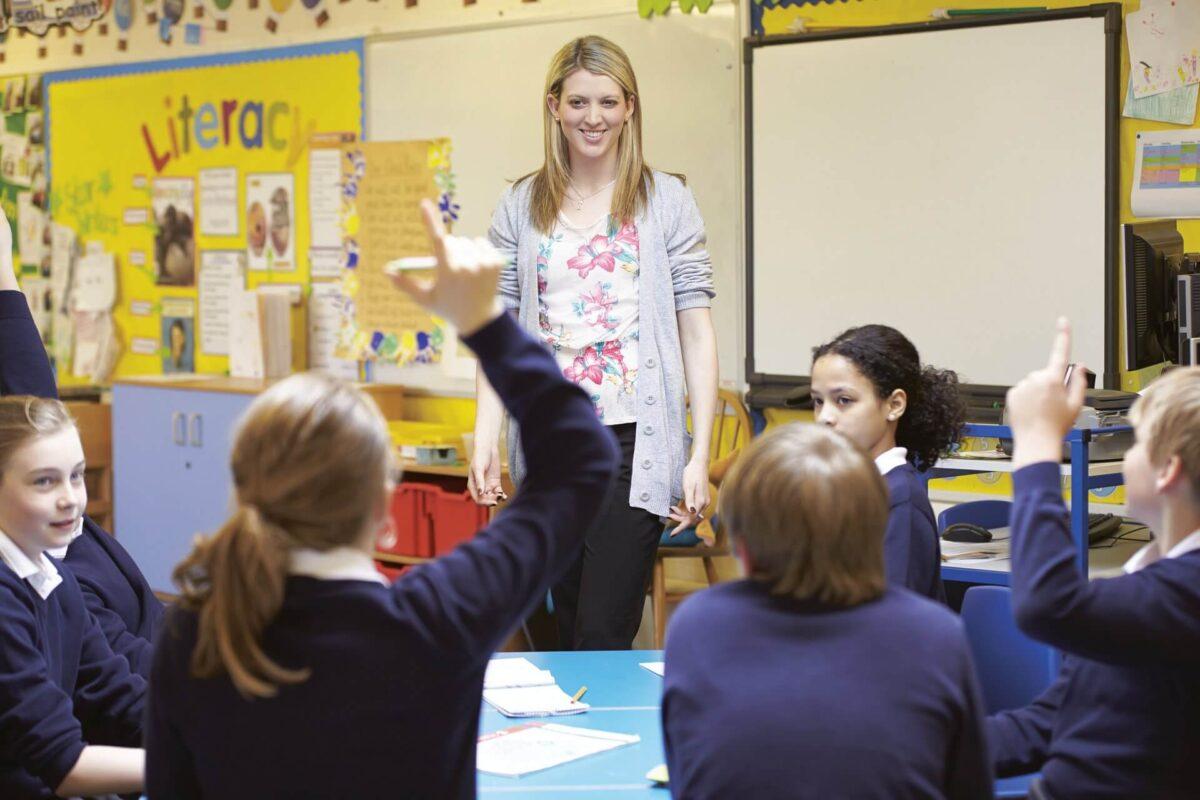 アルバイトおすすめランキング第3位:集団塾の塾講師