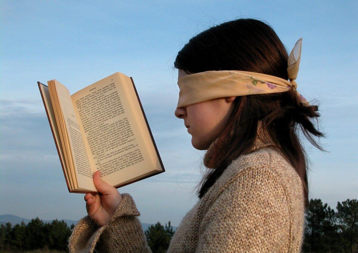 【読書術】「全部読まない」が本を早く読む最適の方法です