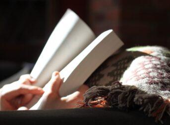 読書の魅力とは、人生が豊かになること【読書を趣味にしたい人必見】