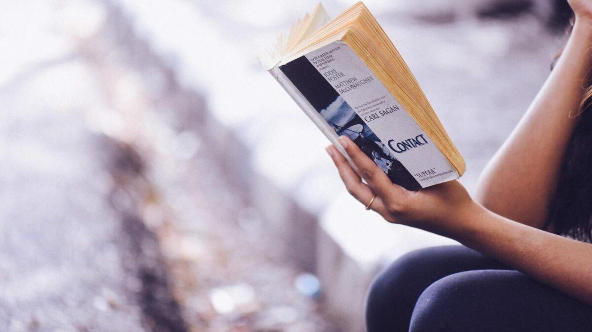 読書で効率よく知識を得るためには?