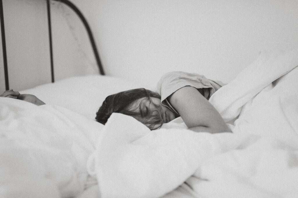 健やかな眠りを手に入れるための夜習慣