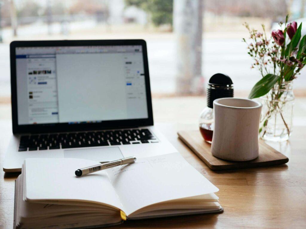 ブログを100記事書いたけど、ぶっちゃけ稼げないです