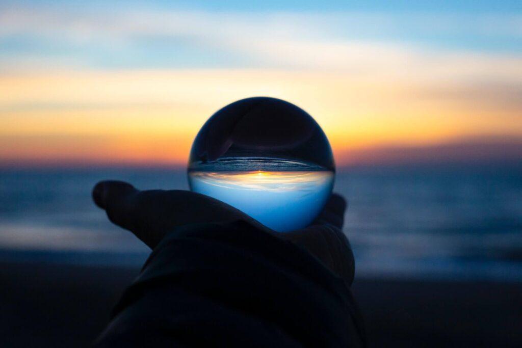 「魔法のコンパス」が教えるクリエイター未来
