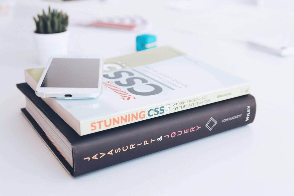 マナブさんがブログでおすすめしたプログラミングの本のまとめ