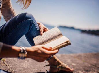 「読書で性格が変わる?」←変わりません。【年間300冊読むぼくが断言】